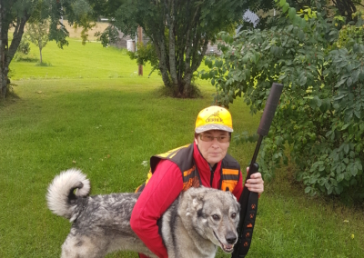 Caisa and Boss ready for hunting moose